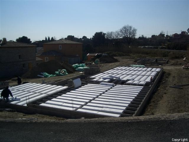 Vide sanitaire un soubassement isolant constructeur maison allauch 13 - Vide sanitaire maison passive ...